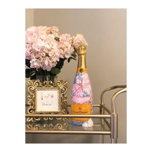 selfless-love-foundation-personalized-bottle-of-veuve-clicqout-champagne